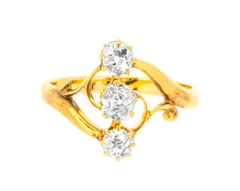 Antique Art Nouveau Diamond Trilogy Ring in 18ct Yellow Gold | Three Diamond Ring (3218383)