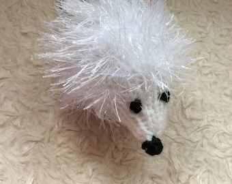 Small knitted Hedgehog with keyring