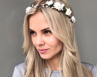 Woodland Crown Bridal Flower Crown Wedding hair accessories Floral Headband Wedding flower headpiece White Flower Crown bridal headpiece