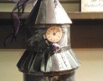 Halloween Decor Birdhouse