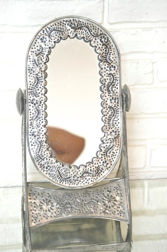 vintage standing table mirror adjustable silver metal make up. Black Bedroom Furniture Sets. Home Design Ideas