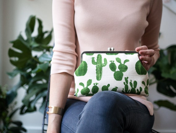 Cactus Clutch Bag, Succulent Clutch Purse with Chain Strap, Evening Handbag, Kisslock Metal Frame Clasp Purse, Unique Gifts for her, Cacti