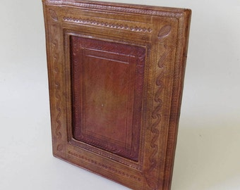 Vintage Embossed Leather Photo Frame, Light Brown or Tan in Colour- Hand Made