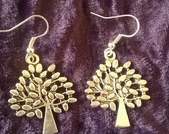 Handmade earrings with trees