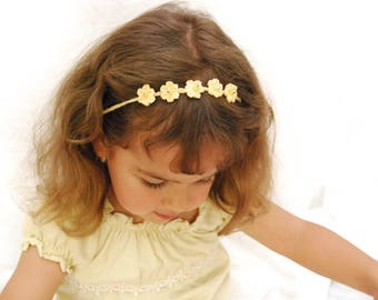 Dainty one size fits all summer tie back headband for newborn photoshoot
