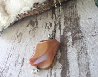Creamy Orange Agate Pendant Necklace