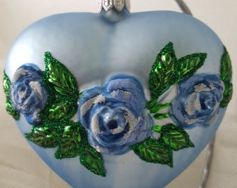Blue Heart with bunch of roses, Hand blown , Hand decorated, Anniversary , Valentine's Day,Ornament, Glass Decoration, Gift idea, Romantic