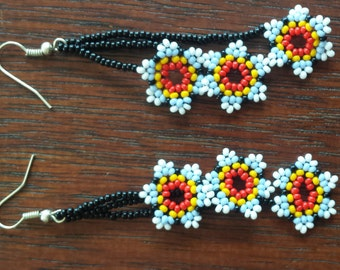 Handmade  3 flowers Huichol earrings