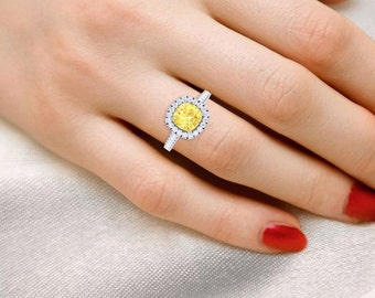 Yellow sapphire ring.Handmade Ceylon Sapphire Ring,18k White gold diamond engagement ring.Lifetime Manufactury Warranty.Sapphire ring
