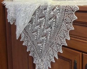 """Knitted lace shawl """"Haapsalu"""""""
