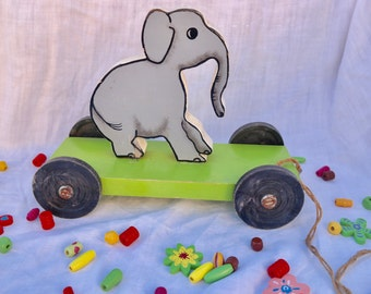 Vintage wooden toy, roulette toy, child toy, elephant, baby and child gift, collector's item, french antique, french vintage