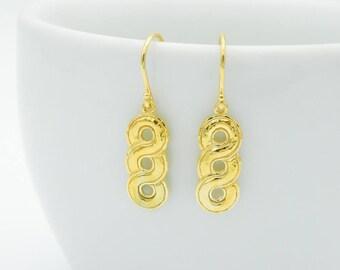 Earrings Curvilinear Ornament