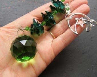 Moon Suncatcher with a Green Crystal, Green Sun Catcher, Moon Sun Catcher, Home Decor, Crystal Sun Catcher, Unique Sun Catcher, Crystal