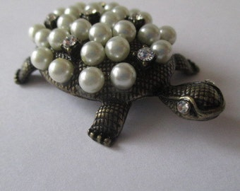 Bronze Turtle with White Pearl Shell
