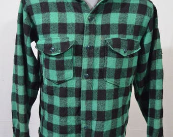 Vintage 1970s Large LL Bean Green / Black Plaid Check Button Front Wool Sweater Jacket