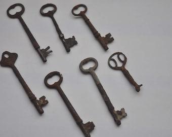 Antique Rusted Skeleton Keys