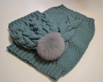 "Knit hat with fur pompom and scarf  ""Azure"""