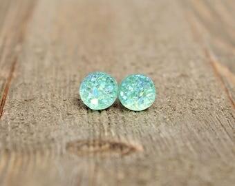 Druzy Earrings.  Green druzy earrings.  Bridesmaids gift idea.