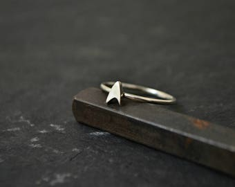 Star Trek Ring, Silver or Solid 14K Gold Everyday Simple Star Trek Ring Jewelry, Sci-fi Insignia Emblem Geek Jewelry