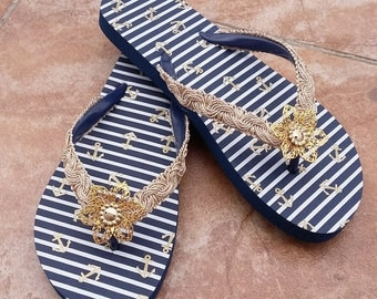 Bridal Flip Flops, Gold and Royal Blue Flip Flop, S Bridal Navy and Gold Flower Flip Flop, Beach Wedding Sandals, Wedding Flip Flops
