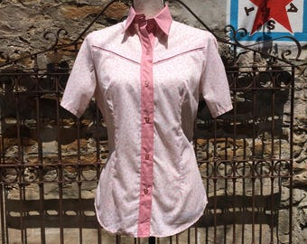 Women's Short Sleeve Fenton Western Shirt in Pink Rose Calico.
