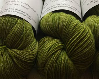 "Elliebelly Himalayan Fingering Weight Yarn -  ""Grinch"""