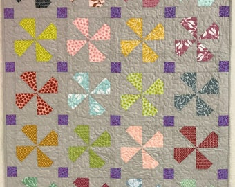 Pond Pinwheel -  Cozy Quilt for your Cozy Home