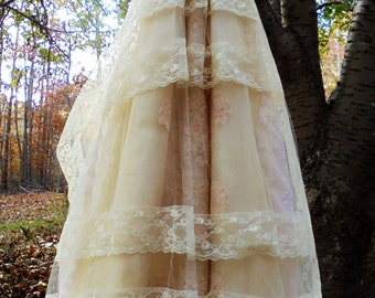 Lace tulle dress wedding cream  vintage cupcake boho  bride outdoor  romantic small by vintage opulence on Etsy