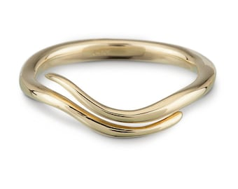 14k Gold Wave Vine Ring