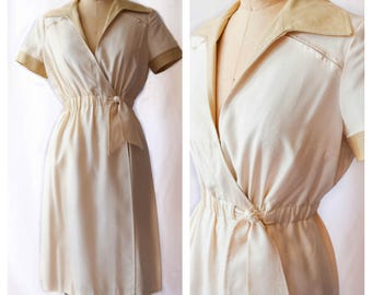 1970s Shannon Rodgers for Jerry Silverman | Vintage Early 70s Wrap Dress Ivory Raw Silk with Tan Contrast Front Tie Decorative Seaming S/M