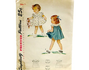 1940s Vintage Girls Dress Pattern / Puff Sleeve Dress and Panties Pattern / Simplicity 2823 / Size 1