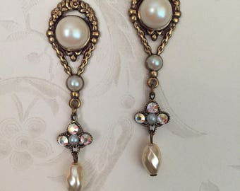 Titanic Jewelry Countess of Rothes Faux Pearl Dinner Earrings