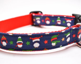 Holiday Penguins Dog Collar / FREE US Shipping / Penguins with Stocking Hats and Stars