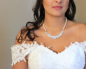 Crystal Bridal necklace, Pearl Wedding necklace, Wedding jewelry, Statement necklace, Crystal necklace, Rhinestone and pearl necklace