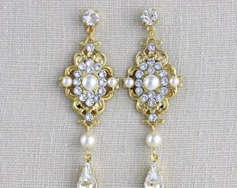 Bridal earrings, Bridal jewelry, Gold Wedding earrings, Swarovski Crystal earrings, Chandelier earrings, Long earrings Vintage Gold earrings