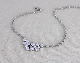 Rose Gold bracelet, Wedding jewelry, Bangle bracelet, Bridesmaid bracelet,  Bridal bracelet, Crystal bracelet, Simple bracelet, Wedding gift