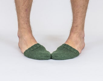Hand knitted wool TOE-STIES by Ramune Toleikyte  in Cadet / army green