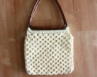 Vintage 1970s Cream Knit Purse Rattan Handle / 70s Crocheted Handbag / BOHO