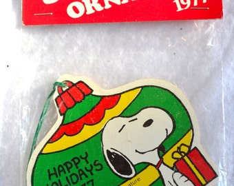 Vintage Snoopy Christmas Ornament - 1977 - NOS Made in Japan