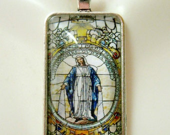 Miraculous medal pendant with chain - AP16-006