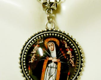Our Lady of Sorrows pendant and chain - AP26-250