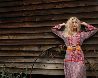 Size Medium... Vintage Indian Gauze Dress... Art Nouveau Style... Incredible Colors