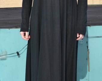 Diane Von Furstenburg maxi dress - size 6-8???  Vintage from the 1970s!  new lower price!