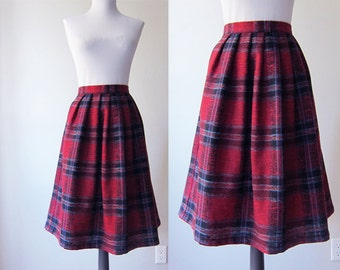 Vintage 1980s Skirt / Red Plaid Wool and Linen Blend A-Line Skirt / Size Large / Size Extra Large / Size 16 /