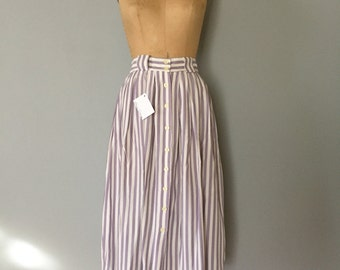 SALE...periwinkle striped skirt | button front flouncy skirt