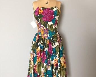 Saks Fifth Avenue corset dress | flower print flounce skirt dress