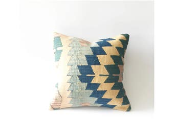 Vintage Kilim Square Pillow / 16x16
