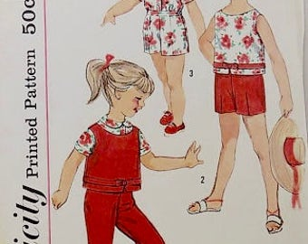 Toddler shorts and top  Pattern - Simplicity 3027 - Girls Size 2 & Size 4 - Children's Blouse and Pants Pattern - Vintage Sewing Pattern