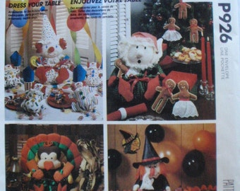 Craft Pattern For Holiday Table Decor - Birthday, Christmas, Thanksgiving, Halloween - McCall's 926, McCall's 3367 - Uncut