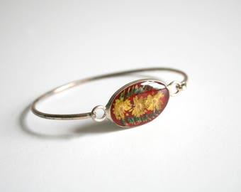 Mexican Lucite Flower Bracelet